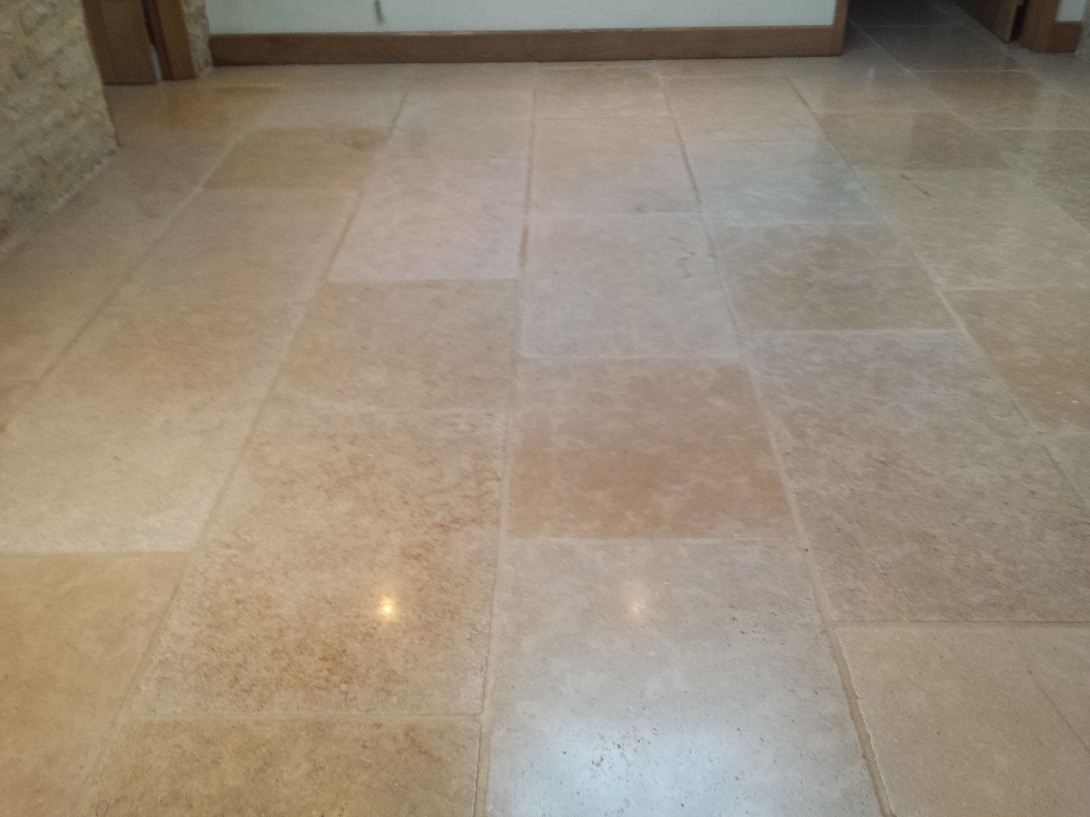Limestone cleaning oxford floor restore oxford ltd floor restore oxford ltd offer limestone floor cleaning in oxfordshire and parts of the surrounding counties as well as other stones such as marble and dailygadgetfo Images